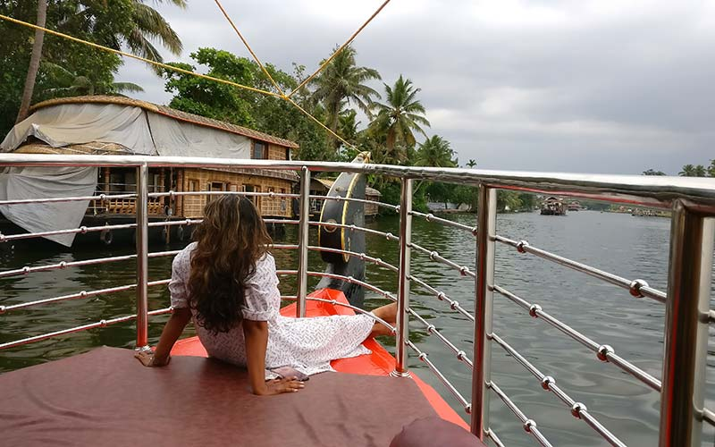 A boat ride through the backwaters of Kerala. Photo by: The Travel Scientists